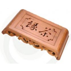 Tavolo in legno per tè con incisioni